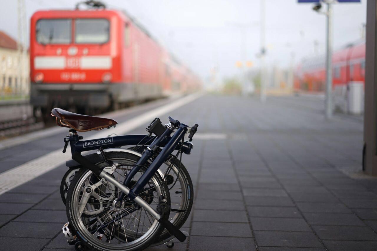 Brompton Bicycle Faltrad Berlin in den ÖPNV und ICE